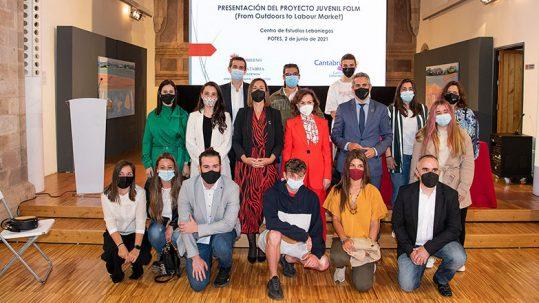 Asistentes y participantes en la presentación proyecto Folm en Cantabria